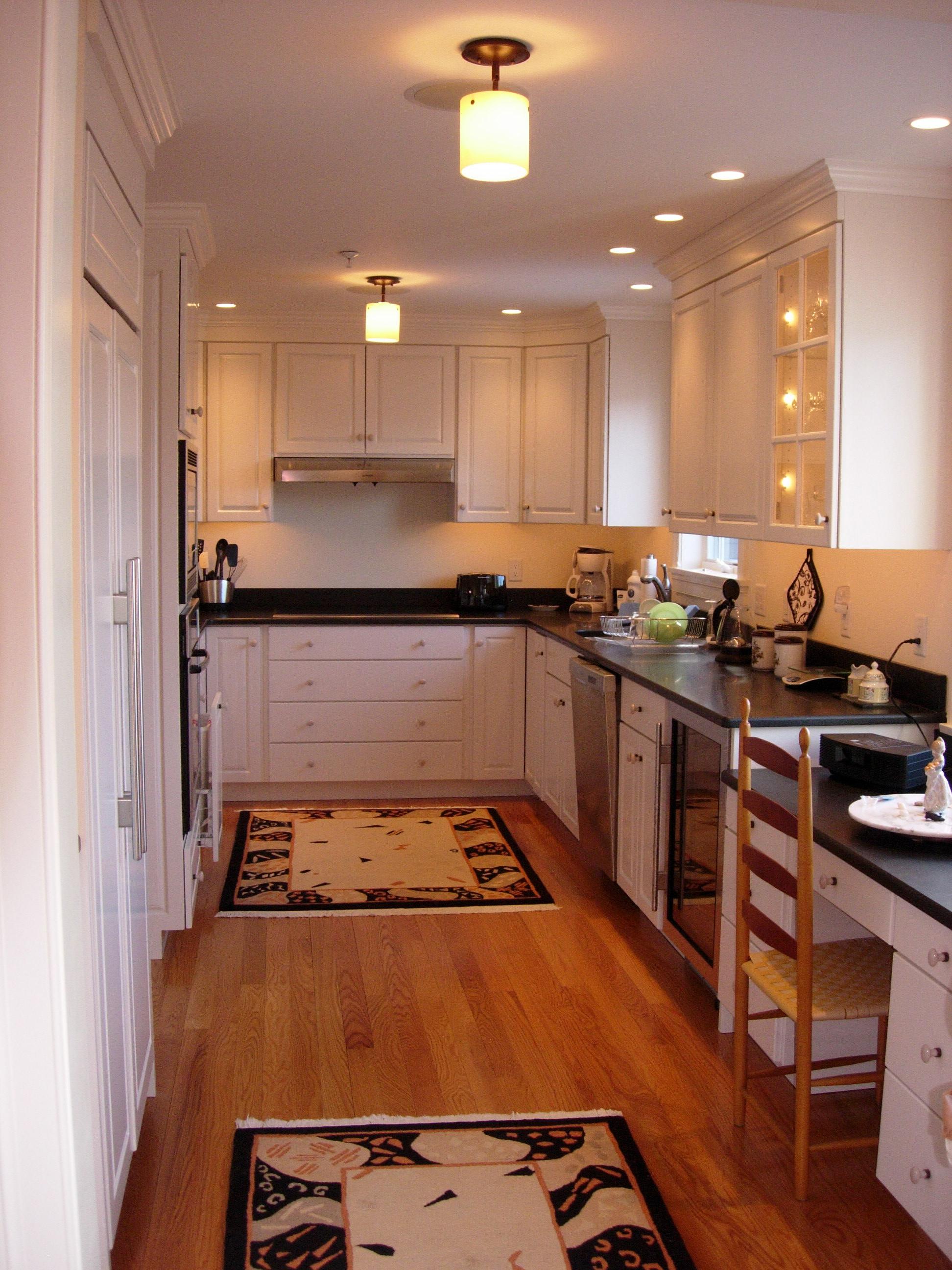 Energy Efficient Kitchen Light Fixtures